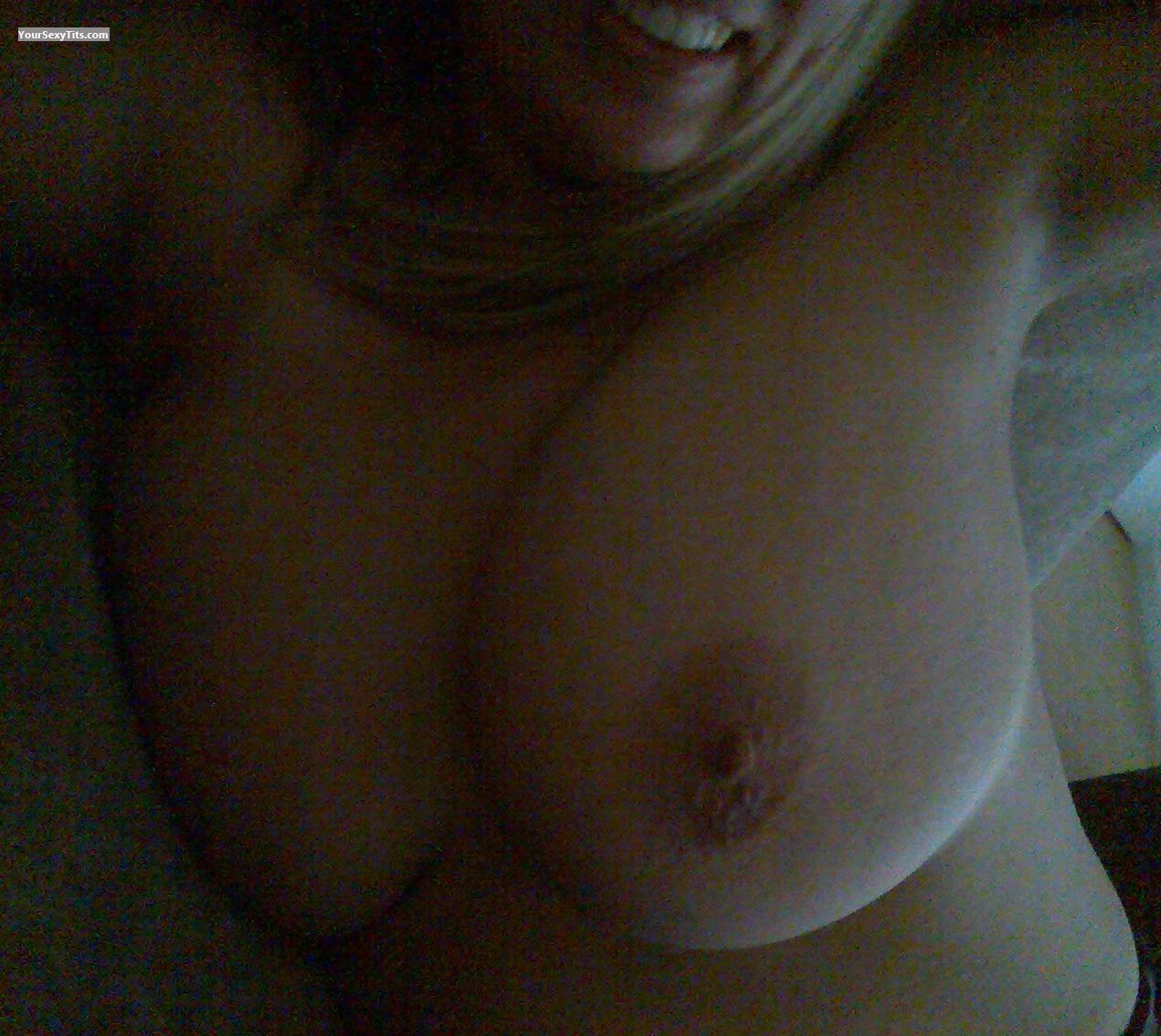 Tit Flash: Extremely Big Tits - 34GG from United Kingdom